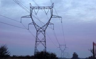 Illustration d'un réseau électrique, ici près de Rennes, en Ille-et-Vilaine.