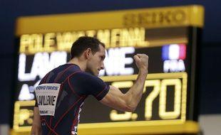 Renaud Lavillenie a conquis son 3e titre de champion du monde en salle.