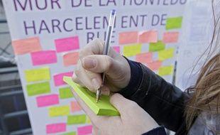 Le Mur de la Honte, du collectif Stop au harcèlement de rue, à Lille.