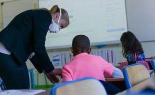 Une journée de classe dans une école primaire de Mantes-la-Jolie, dans le département des Yvelines,.le 19 mai 2020.