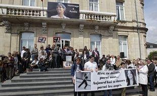 Marche blanche en hommage à Aurélie Châtelain, dimanche à Caudry.