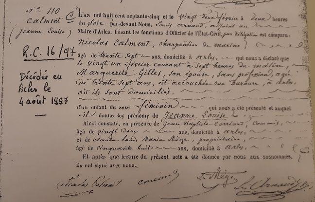 Le certificat de naissance de Jeanne Calment, établi en 1875.