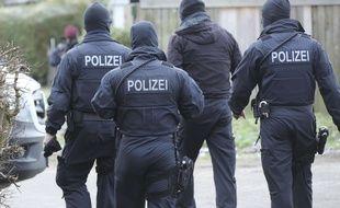 Les policiers allemands ont interpellé trois Irakiens suspectés de préparer un attentat.
