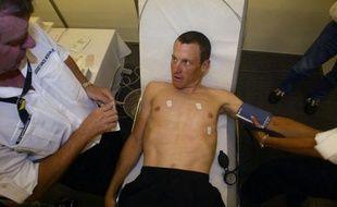 """L'Union cycliste internationale (UCI) rendra publique sa position lundi """"concernant la décision de l'Usada dans le cas Lance Armstrong"""", a-t-elle indiqué vendredi dans un communiqué."""