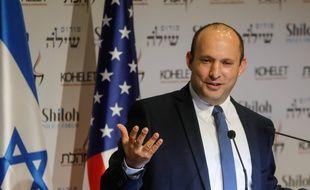 Le ministre de la Défense Naftali Bennett lors d'une conférence de presse le 8 janvier 2020.