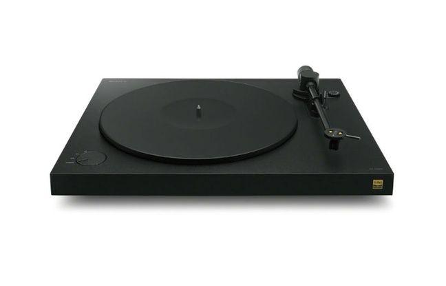 La platine vinyle PS-HX500 de Sony est attendue au printemps 2016.