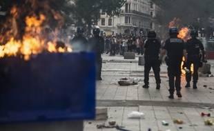 Les forces de l'ordre ont notamment procédé à huit interpellations dimanche en fin de soirée à Lyon.