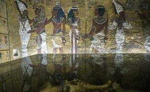 Le sarcophage du pharaon Toutankhamon dans sa tombe près de Louxor en Egypte, le 29 septembre 2015