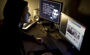 Le groupe de pirates informatiques Anonymous s'en est pris vendredi brièvement au site internet de l'Elysée, dans ce qui semblait être un acte de représailles lié à la fermeture de Megaupload.com, selon des images qui circulaient encore sur la Toile dans la soirée.