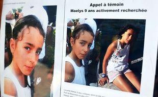 Pont de Beauvoisin le 04/09/2017: De nouvelles affiches appel a temoin pour retrouver la petites Maelys de 9 ans placardŽes dans les rues et les commerces de la ville de Beauvoisin ALLILI/SIPA