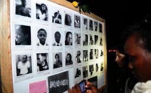 Cérémonie d'hommage aux victimes des shebabs à Nairobi au Kenya le 7 avril 2015