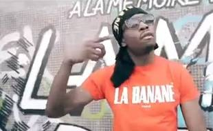 Jo Le Pheno dans le clip de «Bavure».