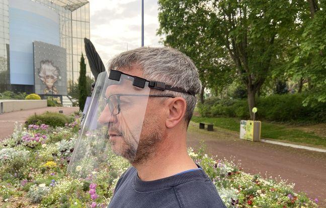 Pendant la fermeture du Futuroscope pour cause de Covid-19, un technicien a fabriqué des visières avec une imprimante 3D