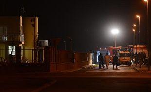 Secours au domicile de l'ambassadeur palestinien à Prague, mort dans une explosion le 1er janvier 2014.