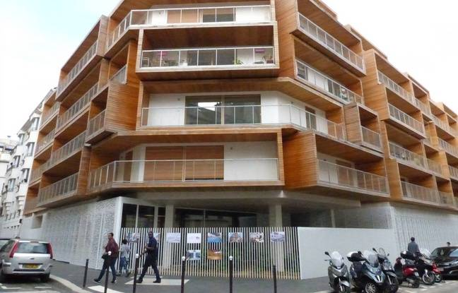 Paris sous les logements sociaux des gymnases for Acheter un appartement 0 bordeaux