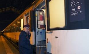 Le dernier train de nuit entre Paris et Perpignan, en décembre 2016.