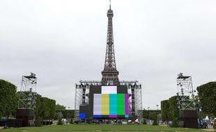 Illustration du Champs de Mars où est installé la fan-zone.