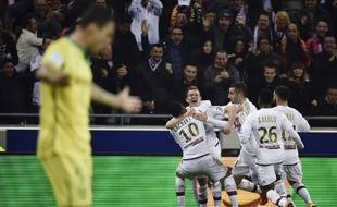 La joie des Lyonnais sur l'ouverture du score, samedi soir.