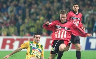 Le 19 mars 2000, Savinaud face au Rennais Bigné... et les nantais l'emportèrent ce soir-là 2-1 après prolongation en 1/4 de finale de la Coupe de France.