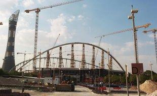 Rénovation du stade Khalifa à Doha en prévision du Mondial de foot 2022, le 13 novembre 2014