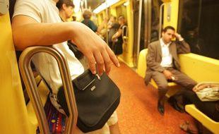 Dans le métro de Toulouse. Illustration.
