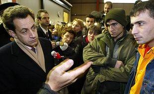 Nicolas Sarkozy à Sangatte en décembre 2002