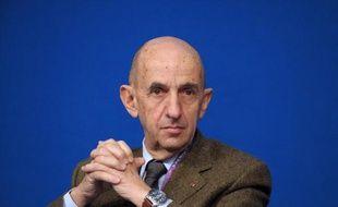 Louis Gallois, président du Conseil de Surveillance de PSA Peugeot-Citroën, le 18 novembre 2013 à Paris