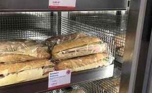Des sandwichs proposés dans le Moovy Market, la nouvelle épicerie ambulante.