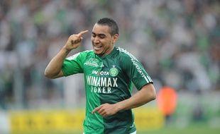 Dimitri Payet fête un but avec les Verts en avril 201..