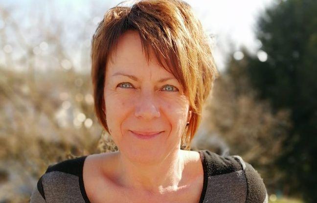 Alsace: Seule à 50 ans passés, elle vend un badge pour les célibataires qui n'osent pas aller sur les sites de rencontre