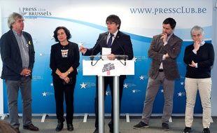 Carles Puigdemont annonce sa candidature aux élections européennes pour le parti Junts per Catalunya, lors d'une conférence de presse en Belgique, le 10 avril 2019.