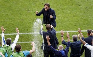 Euro 2016 Sérieux Ce Serait Pas Le Meilleur Coach Du Monde
