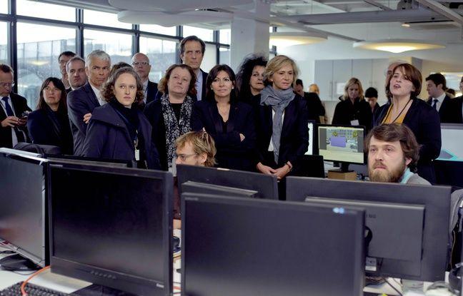Valerie Pecresse presidente de la region Ile-de-France,  et Anne Hidalgo, maire de Paris , ont inauguré le Cargo, présenté comme «le plus grand incubateur d'Europe», ce mercredi 9 mars.