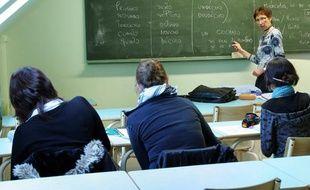 Des lycéens de 1ere L en cours d'espagnol.