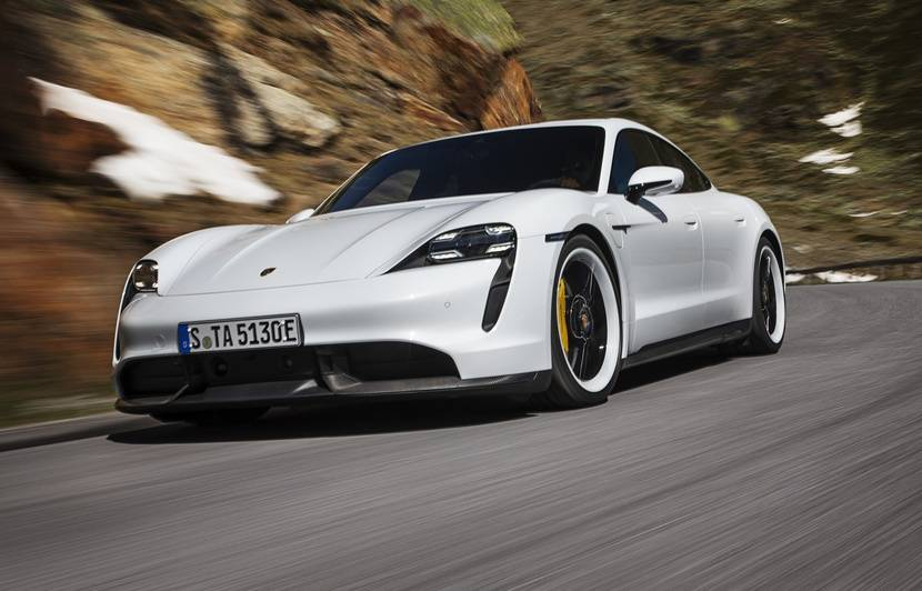 Salon de Francfort 2019 : Porsche Taycan, la Porsche qui veut la peau de Tesla !