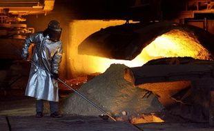 L'Etat algérien et ArcelorMittal ont finalisé la reprise de contrôle par Alger du capital d'une filiale du numéro un mondial de la sidérurgie, a indiqué dimanche le géant indien.