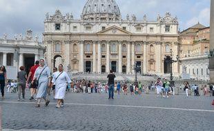 """""""Hebdomada Papae"""" (la semaine du pape) sera diffusée sur les ondes radios et disponible en podcast, accompagné d'une retranscription traduite des textes pour les néophytes."""