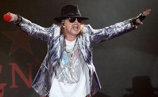 Lille, le 2 octobre 2010. Le groupe Guns N'Roses et son leader Axel Rose en concert au ZéŽnith de Lille.