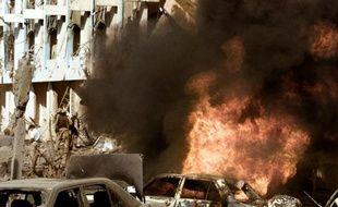 Le 19 août 2003, un kamikaze faisait exploser un camion piégé contre le QG des Nations unies à Bagdad, tuant 22 personnes. Cet attentat a profondément changé la façon de travailler de l'ONU en Irak, où l'organisation a dû renforcer ses mesures de sécurité.