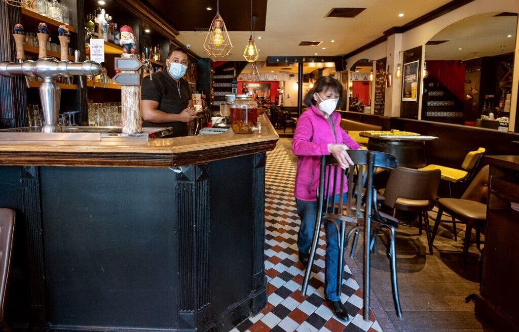 648x415 deniers coups eponge train etre passes bars restaurants francais rouvrent salles mercredi 9 juin illustration