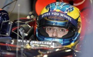 Sébastien Bourdais a remporté presque tous les championnats auxquels il a participé; pourtant, la Formule 1 a longtemps ignoré le talentueux pilote français qui aura dû attendre l'aube de la trentaine pour enfin accéder à la discipline reine du sport automobile.
