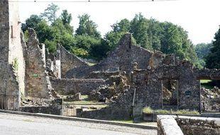 Oradour-sur-Glane, en Haute-Vienne. Le 10 juin 1944, 642 habitants de ce village ont été massacrés par des membres de la Waffen-SS.