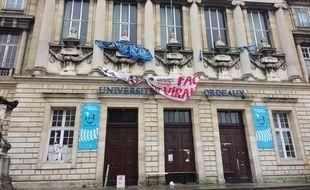 Les étudiants mobilisés demandent l'annulation des examens pour toutes les promotions dont les emplois du temps ont été perturbés par la mobilisation.