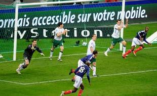 Les Irlandais après le but de William Gallas consécutif à une main de Thierry Henry, le 20 novembre 2009