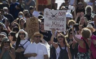 Manifestation à Madrid contre le port du masque, le 16 août 2020.