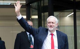 Le leader du parti Travailliste britannique au lendemain des élections législatives anticipées le 9 juin 2017 à Londres.