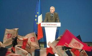 Jean-Marc Ayrault au meeting de François Hollande à Marseille, le 14 mars.