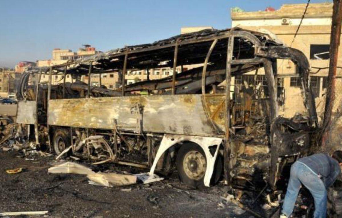 Des dizaines de personnes ont péri jeudi dans les violences en Syrie, où la révolte réprimée dans le sang entre vendredi dans son 16e mois avec des manifestations massives prévues contre le régime. –  afp.com