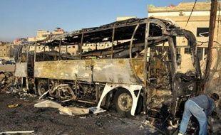 Des dizaines de personnes ont péri jeudi dans les violences en Syrie, où la révolte réprimée dans le sang entre vendredi dans son 16e mois avec des manifestations massives prévues contre le régime.