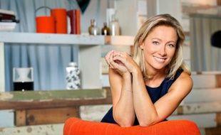 Anne-Sophie Lapix sur le plateau de «C à vous».